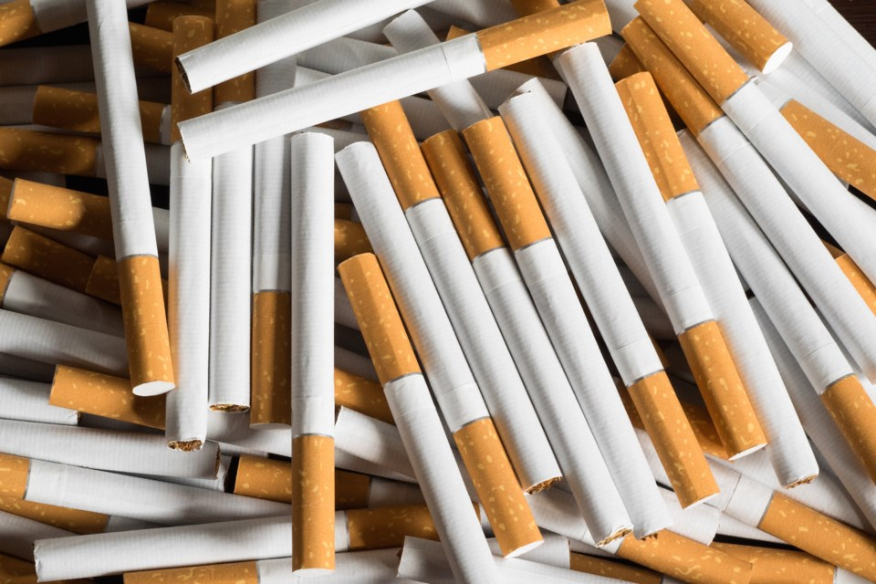 cigarettes smokes