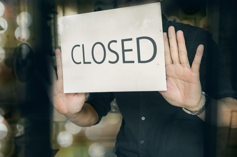 ClosedSign3