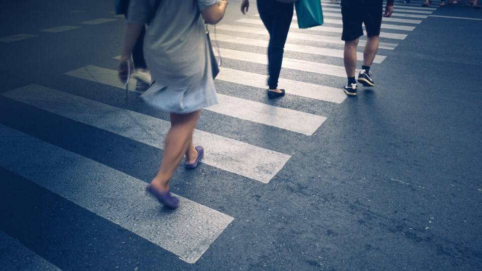crosswalk AdobeStock