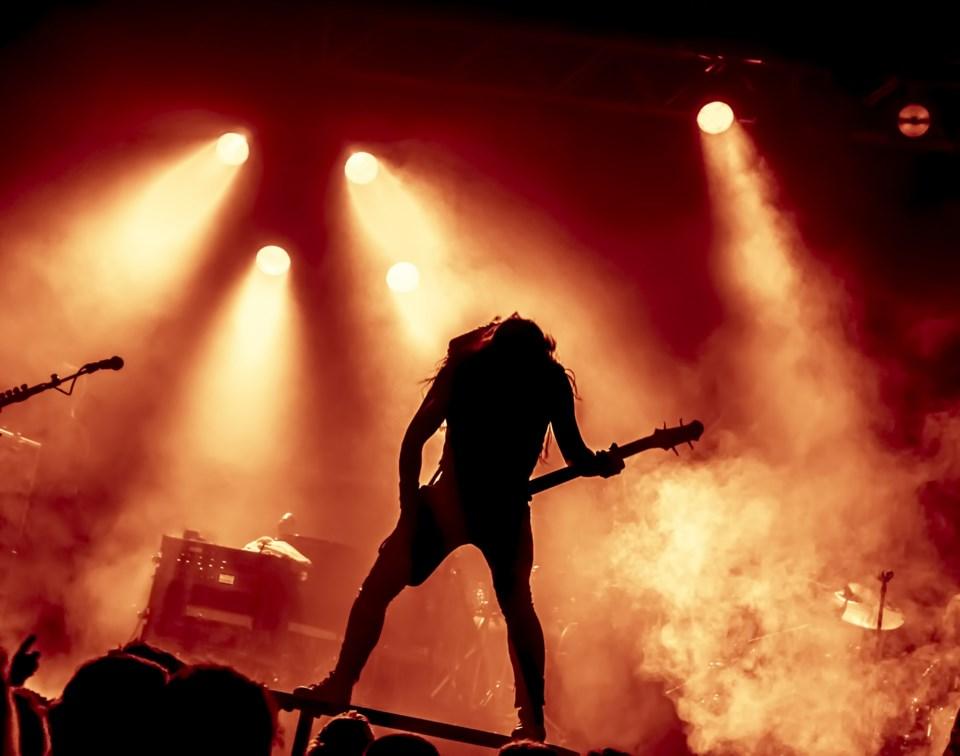 heavy metal stock concert