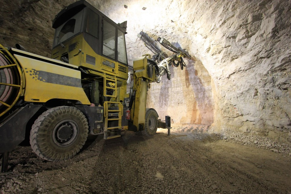 mining AdobeStock