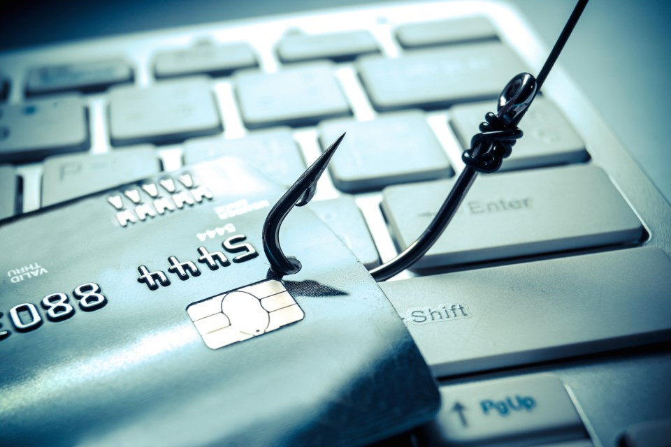 online fraud AdobeStock_92627697