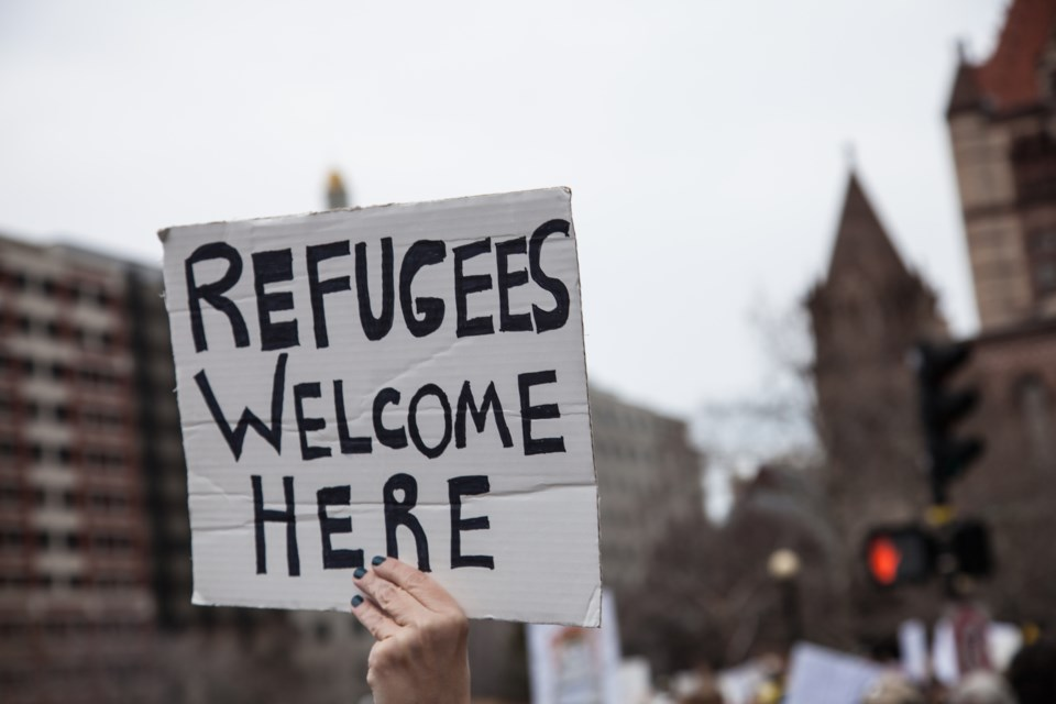 refugees welcome AdobeStock