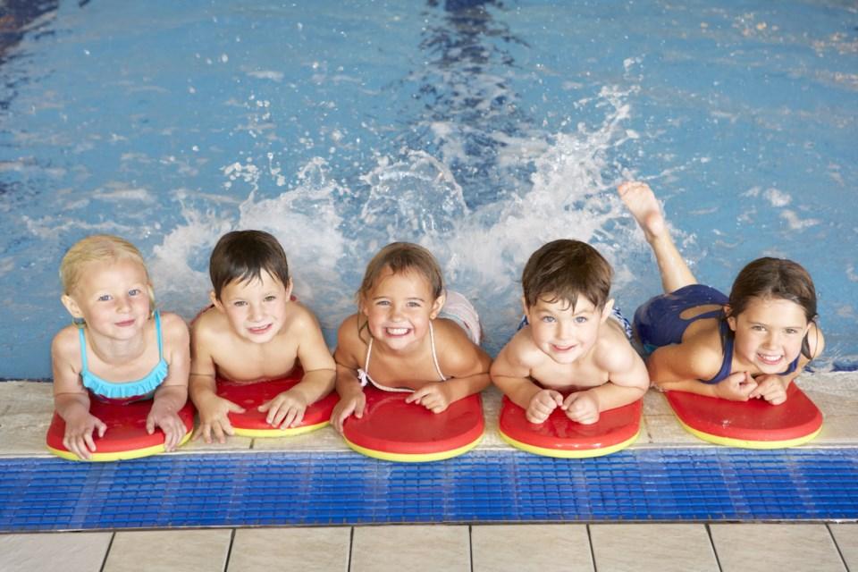 swimming lessons AdobeStock_66778869