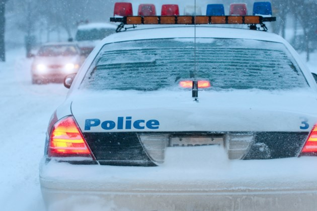 winter police cruiser AdobeStock_29615456