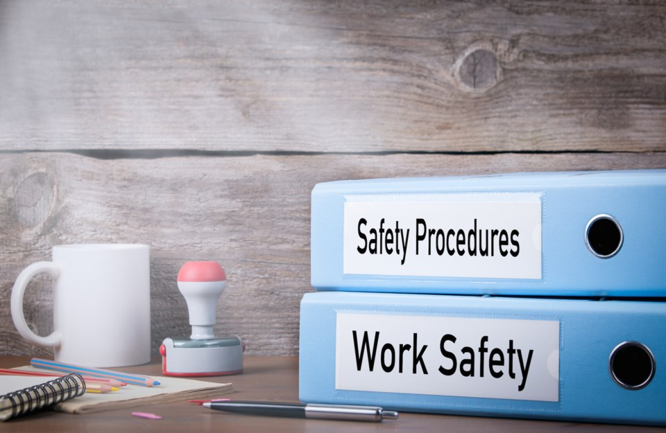 workplace safety AdobeStock_137916986