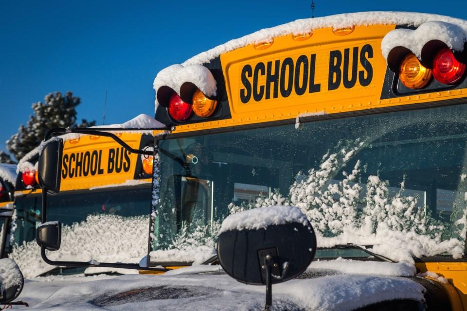 school bus winter AdobeStock_75707920