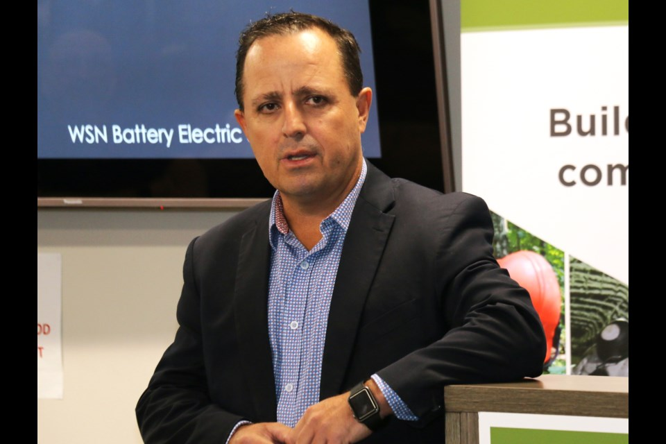 Mining consultant Mike Mayhew of Sudbury was one of the key speakers at a recent battery-electric vehicle safety symposium hosted by Workplace Safety North. (Len Gillis photo)