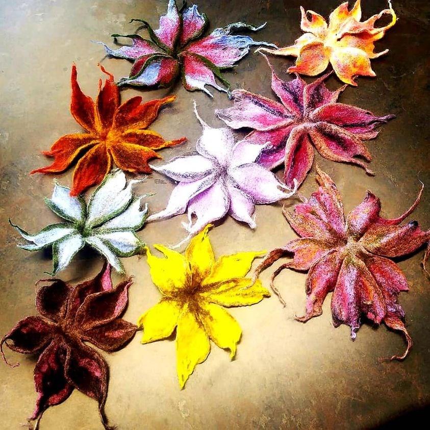 20210616feltflowers