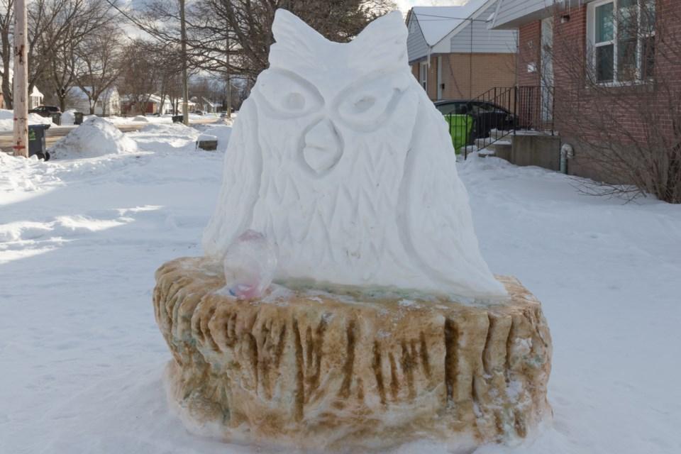 Owl _Snow Sculptures with Arlene Duplantie.