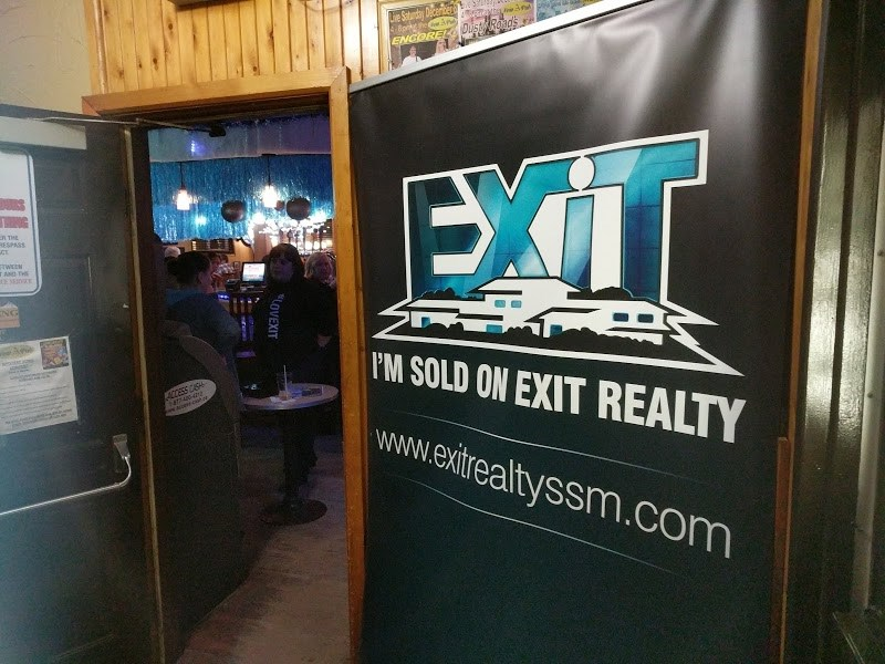 Exit Realty Lake Superior hosts a Music Night to fundraise for the Special Olympics at The New American featuring all local talent