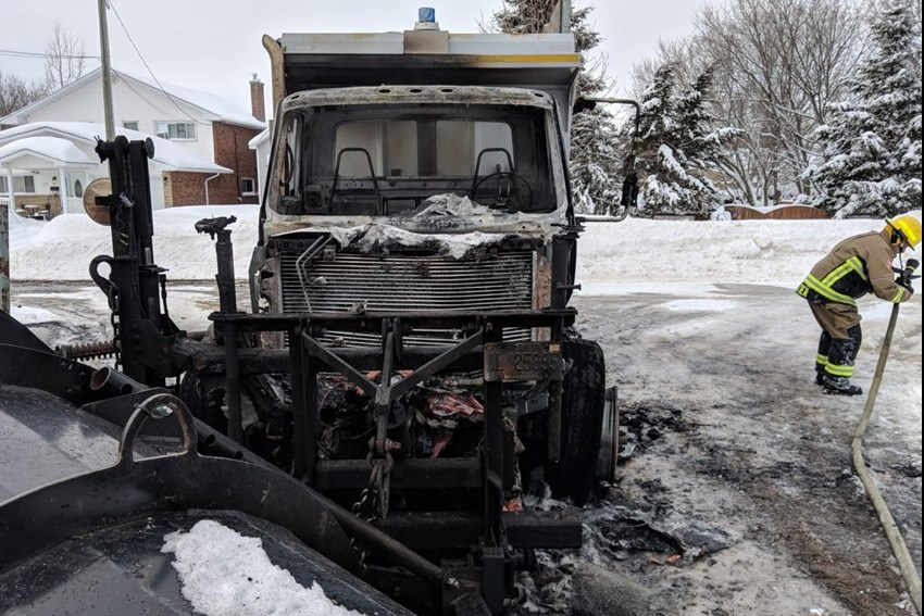 Snow plow Fire 2019