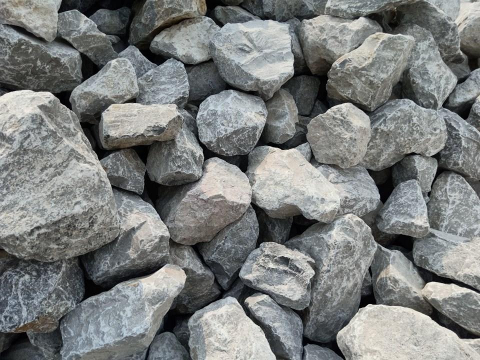 Stone soil collapse