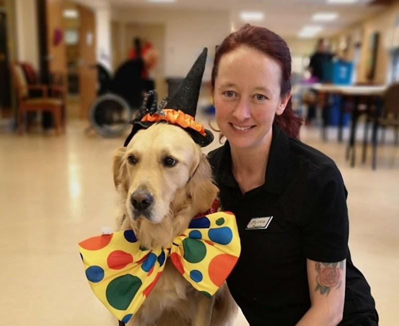 2002-08-10 Ginger volunteer dog