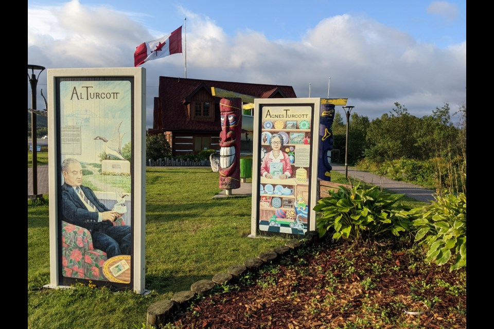 The best place to get yourself oriented with the map and the book is at the Wawa Tourism Information Centre.