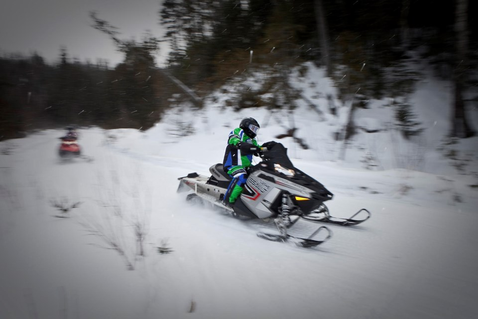 snowmobiling-algoma-trails