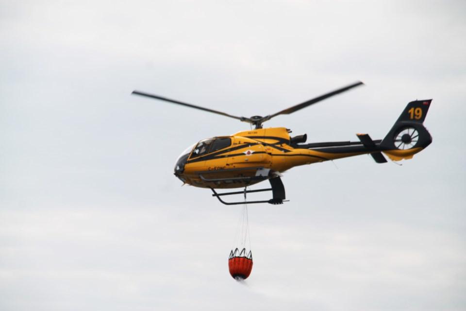 20180915-Bushplane Days water bomber helicopter-DT