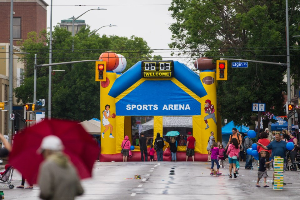 2016-07-14 Downtown Street Party DMH-6