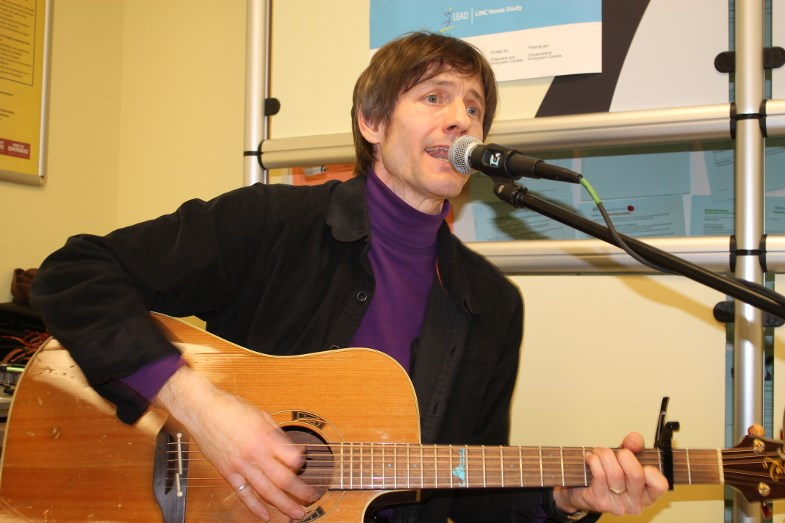 Sault singer/songwriter Guy Smith