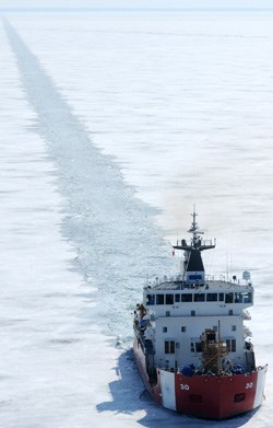 Mackinaw_icebreaker1