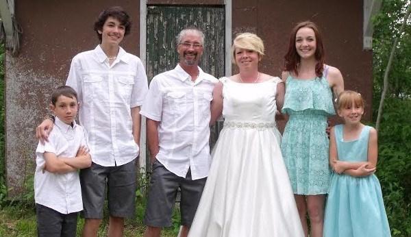 The McNaught family; Tanner, Travis, Rob, Keri, Ava and Megan. Photo supplied