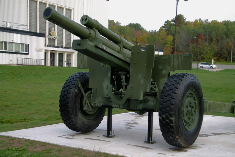 20191009-SooToday Great Stories armoury howitzer-DT