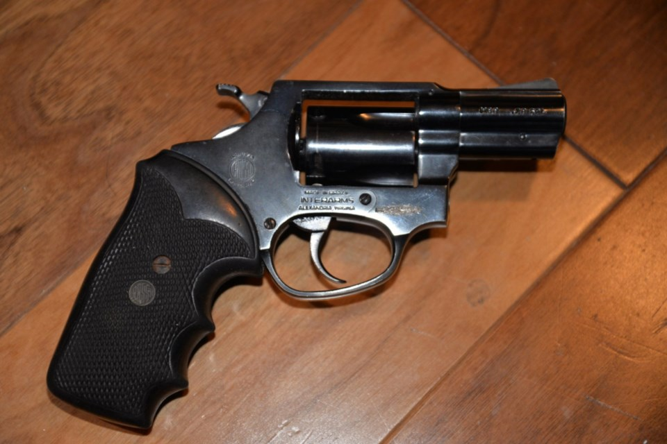 SM21014977-Seized-Firearm-1536x1025 (1)