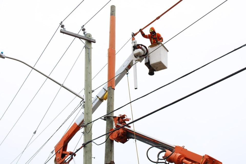 2020-04-29 PUC pole repair