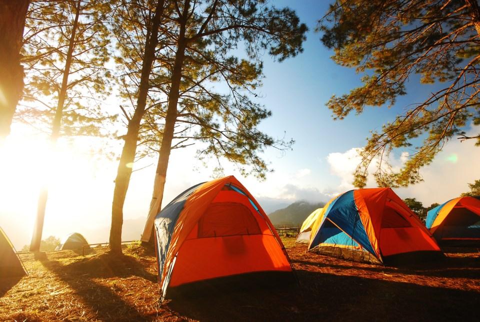camping AdobeStock