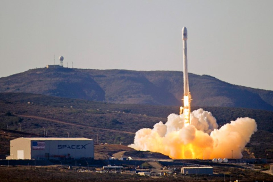 Falcon 9 rocket Wikipedia