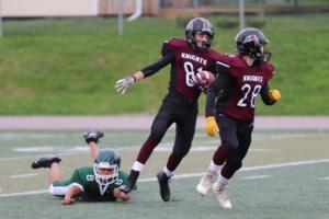 Knights beat Wolverines in junior football <b>(9 photos)</b>