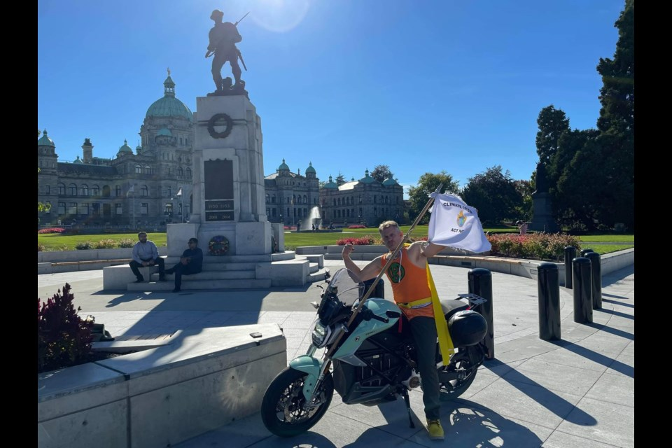Dan Tetzlaff is riding across Canada to raise further awareness about climate change