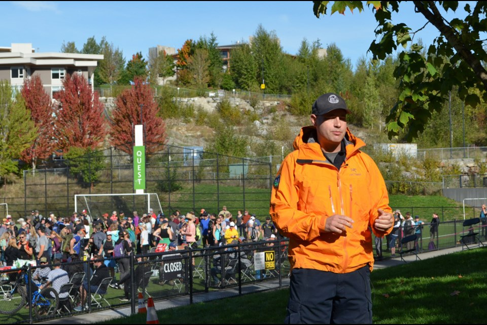 Members of the public turned out in droves on Friday morning to help search for the missing Squamish teen.