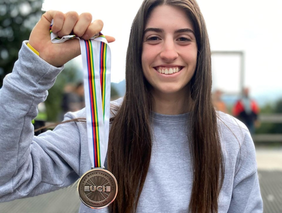 Teigen Pascual with silver medal from Papendal