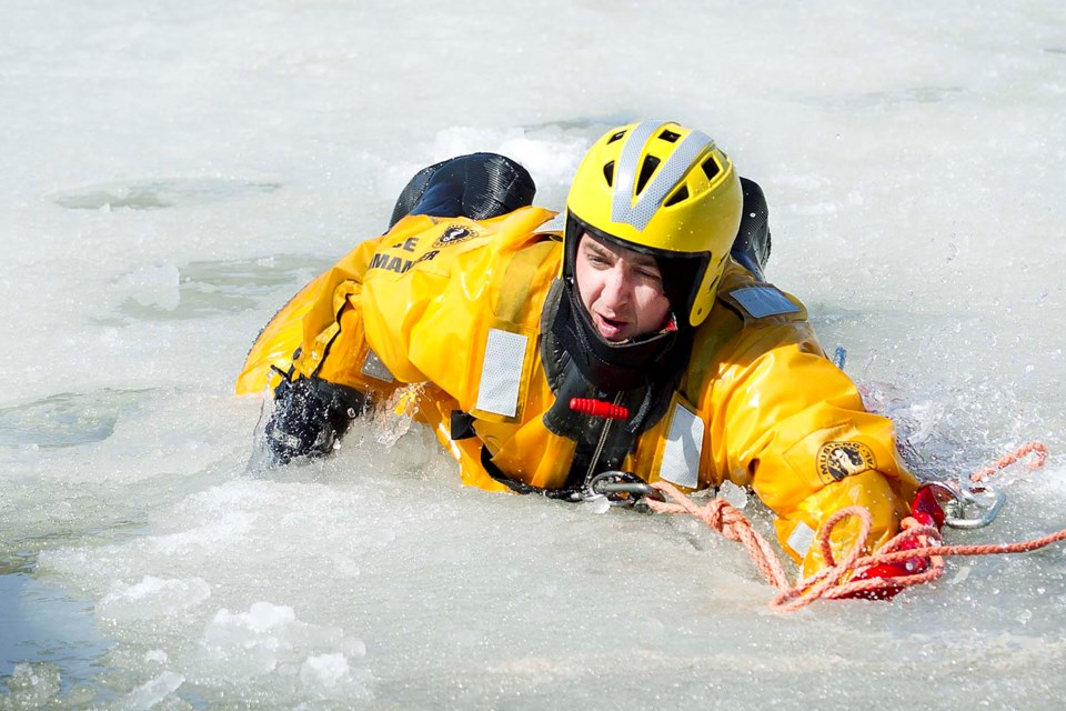 2111 Drownreport Water Rescue-8708-ab