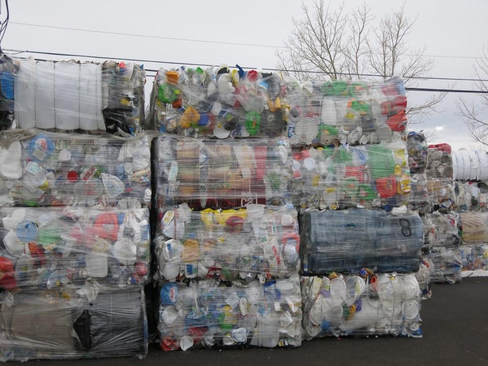 0108 plastics sh recycled-plastics