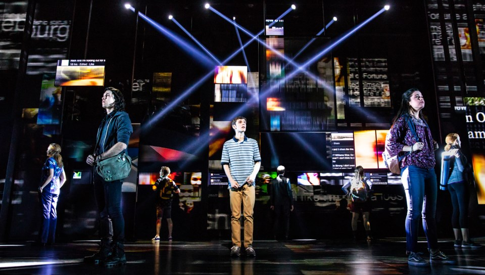 0412 Broadway - Ben Levi Ross as 'Evan Hansen' and the Company of the First North American Tour of DEH. Photo by Matthew Murphy. 2018