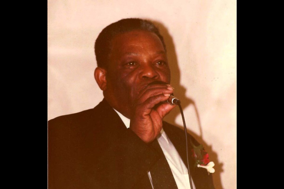 Elmar Neil gives a speech in 1984 at his daughter Marilyn's wedding.