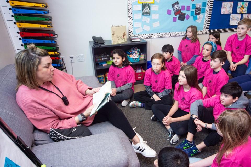 2602 pink shirt CC 6151