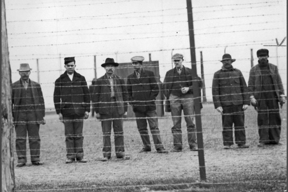 Ukrainian-Canadians prisoners at the Stanley Barracks Detention Centre in Toronto. Courtesy of the Library Archives at the Canadian War Museum: Fonds 1244, Item 867. CANADIAN WAR MUSEUM/Photo