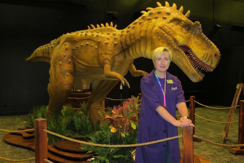 3006 Dinosaurs ab CC
