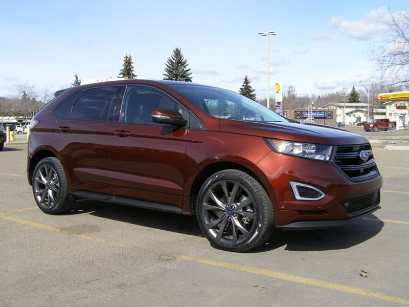 The 2016 Ford Edge has many improvements and comes with a choice of engine sizes.