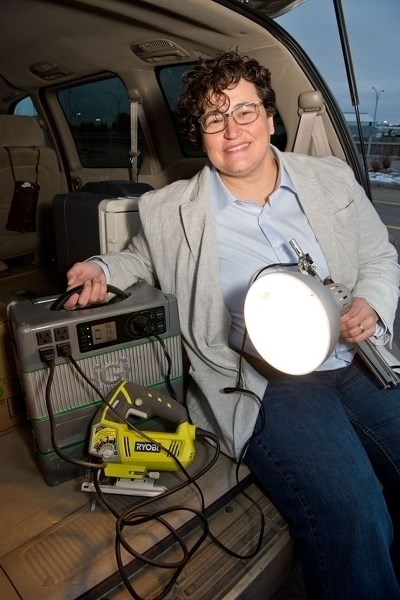 BRIGHT IDEA – St. Albert inventor Connie Stacey demonstrates how her company's modular portable lithium ion battery pack