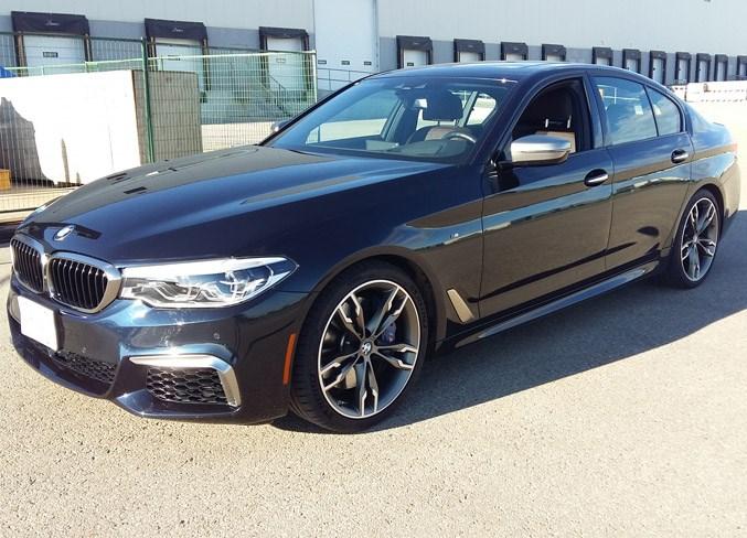 WEB 2609 BMW 550i 4