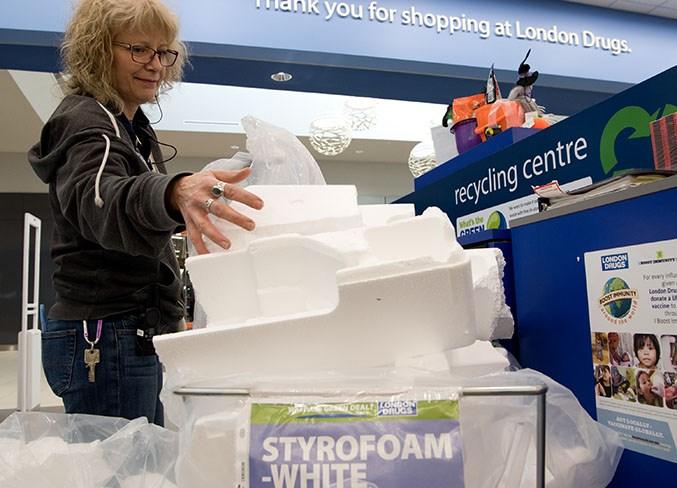 2010 Styrofoam01b 4844 km