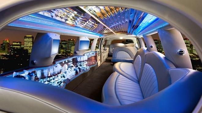 290518_nite-lite-limo-interior