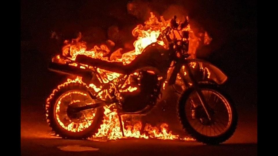 020521_burning-motorcycle-barrydowne