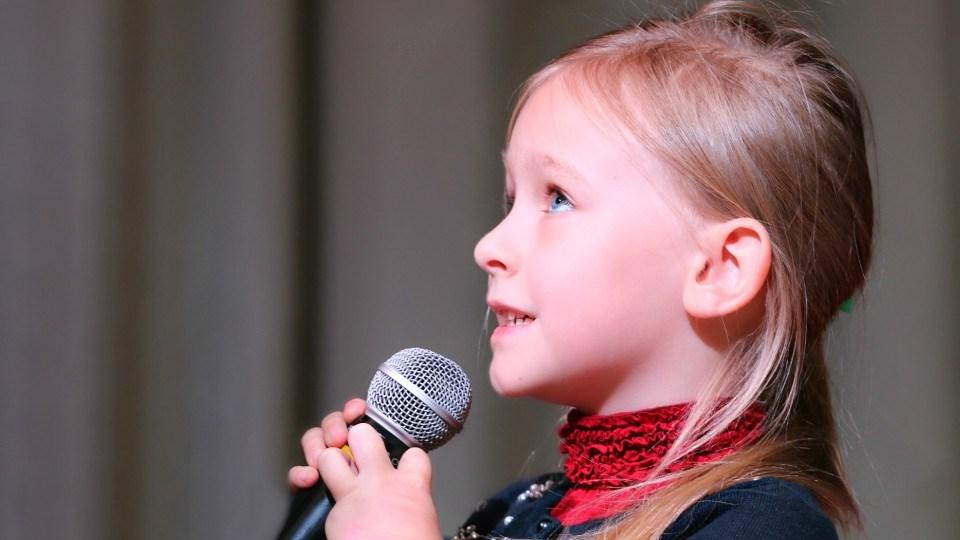 130421_child-singing-pexels-pixabay-236149