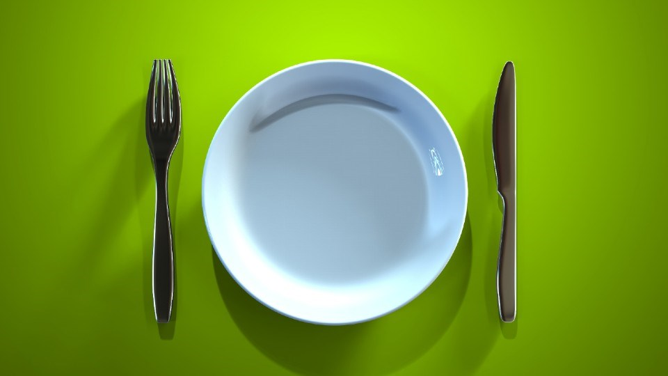 250820_empty-plate-AdobeStock