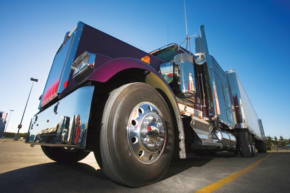 290816_trucker_shortage